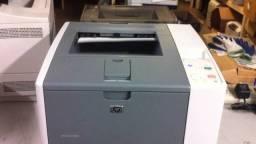 Impressora laser hp revisada ótima, imprime fotolito e documentos normais