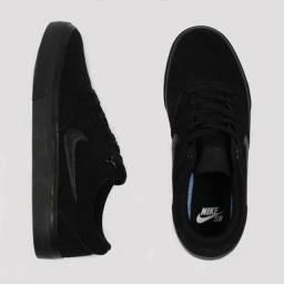 Título do anúncio: Tênis Nike SB Charge Suede - Preto Total