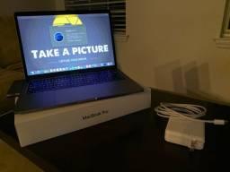 MacBook Pro i5 2.3ghz 128gb SSD 2017 + HUB
