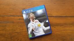 FIFA 18 - PS4 - Mídia Física