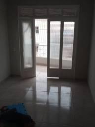 Aluga-se apto centro Campo Grande