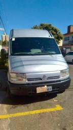 Van master 2.5 diesel 16 lugares - 2007