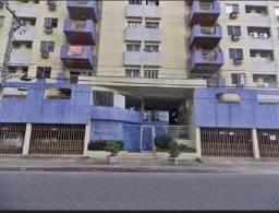 Vende-se Apartamento no Ed. Luís Porciúncula