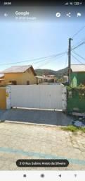 Alugo casa Campeche 2 suítes, ótima localização