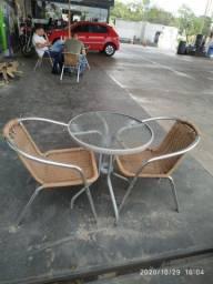 5 conjuntos mesa e cadeira