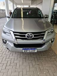 Hilux sw4 v6 7srx lugares 4x4 a mais top da categoria...