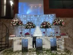 Mesa espelhada para festas