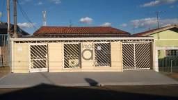 Casa com 2 dormitórios à venda, 118 m² por R$ 371.000,00 - Parque Residencial Maria de Lou