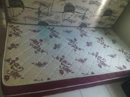 Cama unibox com pés + colchão solto