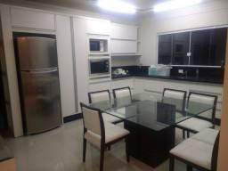 Casa Mobiliada Completa - 04 quartos
