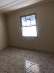 Apto de 2 quartos de 65m² - R$ 220.000,00 (Marapé - Santos/SP)
