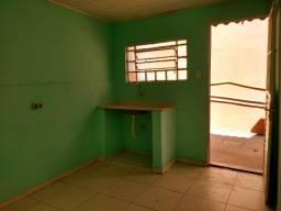 Casa para locação Quarto e Cozinha R$500