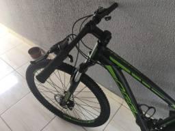 Bicicleta aro 29 Oggi tamanho do quadro 15, leia toda a descrição do Anuncio