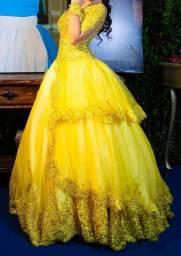 Vende-se Vestido de Valsa da Bela e a Fera - 15 anos