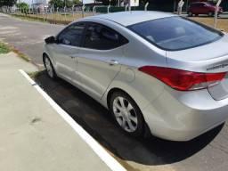Hyundai Elantra 2012, Cor prata, Automático, excelente estado de conservação, pouco rodado