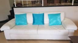Sofá branco, couro legítimo, 3 lugares , C 2,10 x L 0,85 x A 0,80