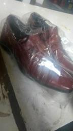 Sapatos sociais novos