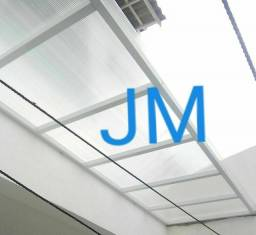 Empresa especializada na montagem de cobertas.