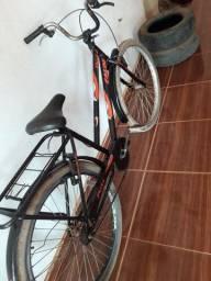 Bicicleta boa só pegar e andar 200 entrego