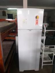 Vendo geladeira dako 370lt