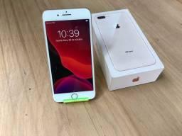 iPhone 8 Plus rose 64 gb  obs detalhe é na película traseira
