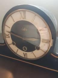 Relógio Carrilhão bem antigo e revisado