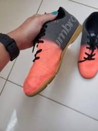 Chuteira Umbro Futsal nº35