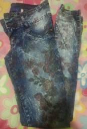 Calças femininas semi novas