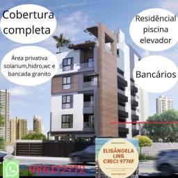 Apartamento de três quartos com cobertura privativa completa