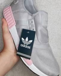 Tênis Unissex Adidas