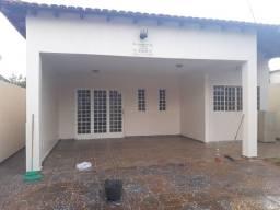 Alugo Casa alto padrão Águas Lindas  1500.00 St 08