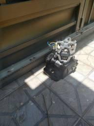 Manutenção de motor de portão