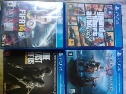 3 jogos de PS4, GTA 5, God of War, Last of Us