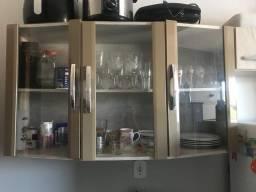 Armário de Cozinha em Perfeito Estado de Uso