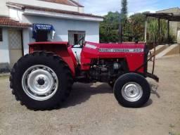 Vende-se um Trator 250X