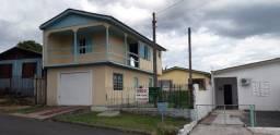 2 casas, tanto para morar ou para investimentos. Aluguel