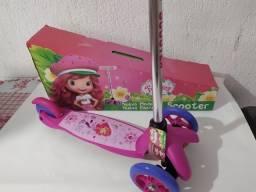 Patinet Infantil Scooters 3rodas 2na frente moranguinho rosa femenino Triciculo novo 0km