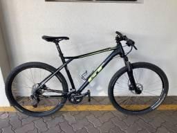 Bicicleta GT Karakoram Sport 29er Black/Black Neon Colors - 2020 com Nota!