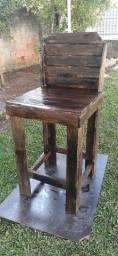 Título do anúncio: Cadeira artesanal de palete!!!