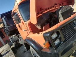Caminhão Mercedes 1113