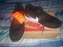 Tênis Nike Air, N 39