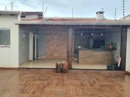 Aluguel - Condominio Vila do Sol, Sobrado 3 quartos           2.000,00