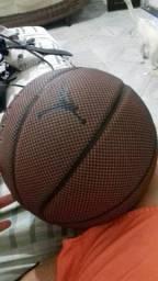 Bola de basquete nike