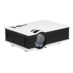 Tenha uma tela de ate 130 pol. projetor pj 40 audisat 800 lumens