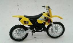 Miniatura de Moto Suzuki RM 250