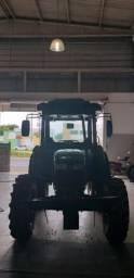 Trator Jonh Deere 5065E Gabinado