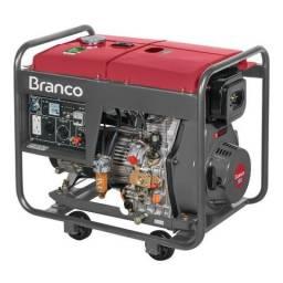 Gerador Branco Diesel BD-8000 EF