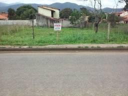 Terreno em frente à rua 13 em Jaconé-Saquarema