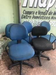 Cadeiras para escritório A partir de R$ 60,00