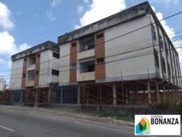 Apartamento com 03 quartos no dionisio torres